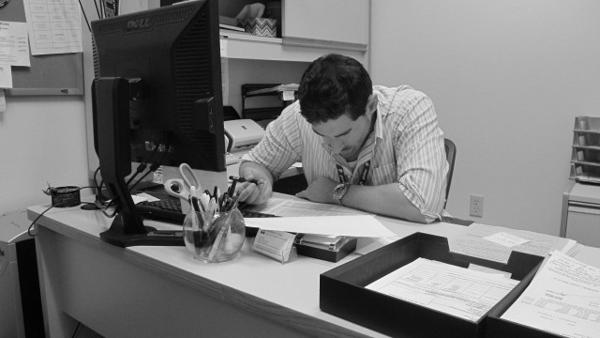 Photo by Azure Wedan   Veterans Affairs Coordinator Jon Tarell is hard at work.