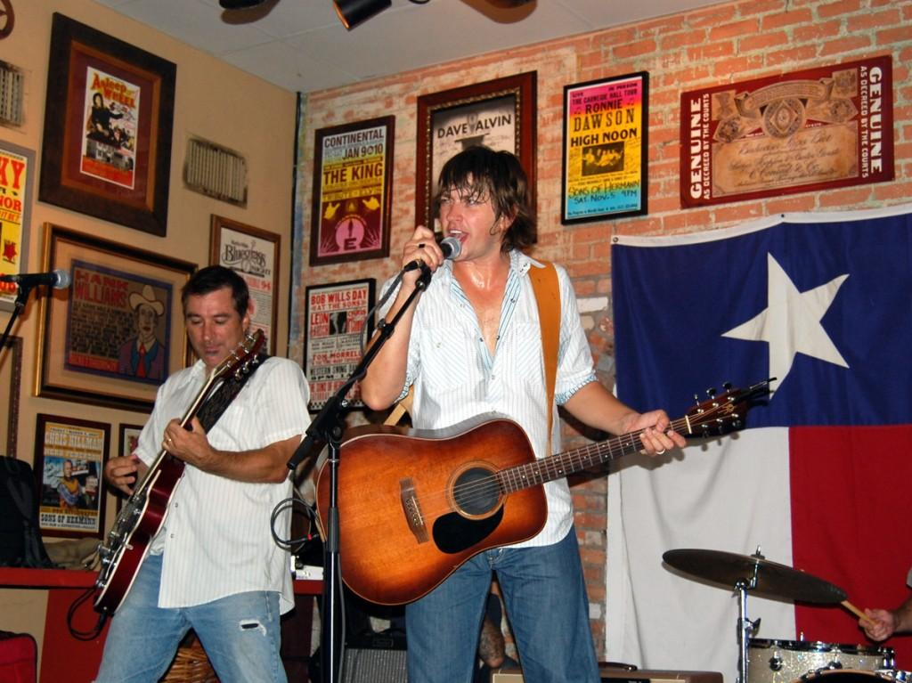 Photo by  Erin Alexis Goldman | Old 97's frontman Rhett Miller rocks out during a small set the band played at the AllGood Cafe in October 2010.