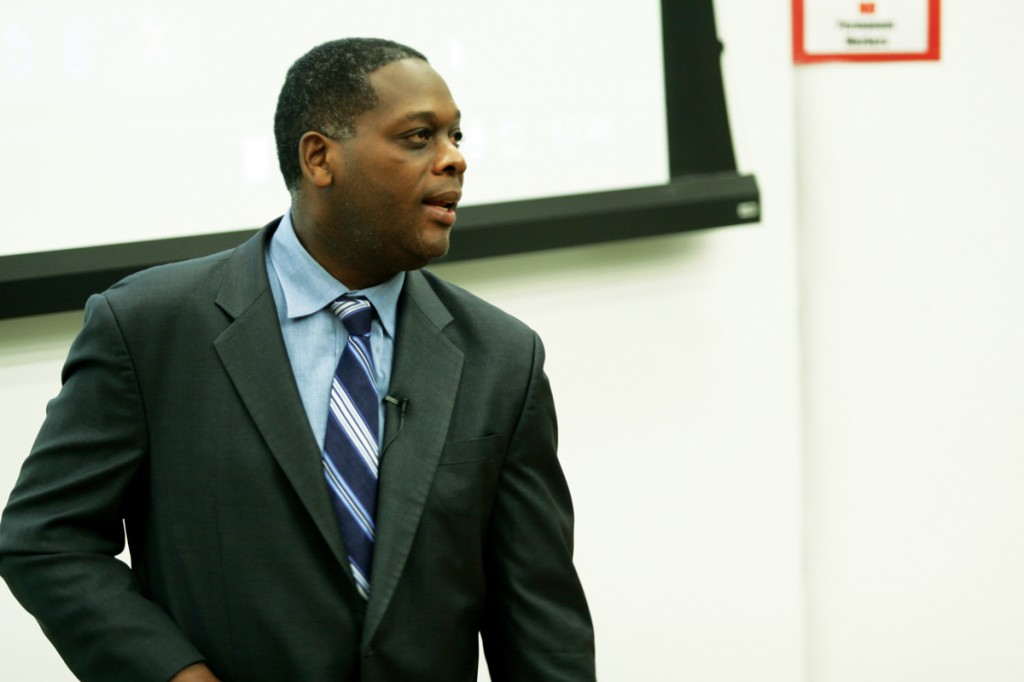 Photo by Nicholas Bostick | Dallas County District Attorney Craig Watkins answers a question asked by a student.