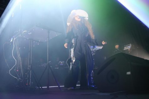 Erykah Badu delivers at another birthday bash