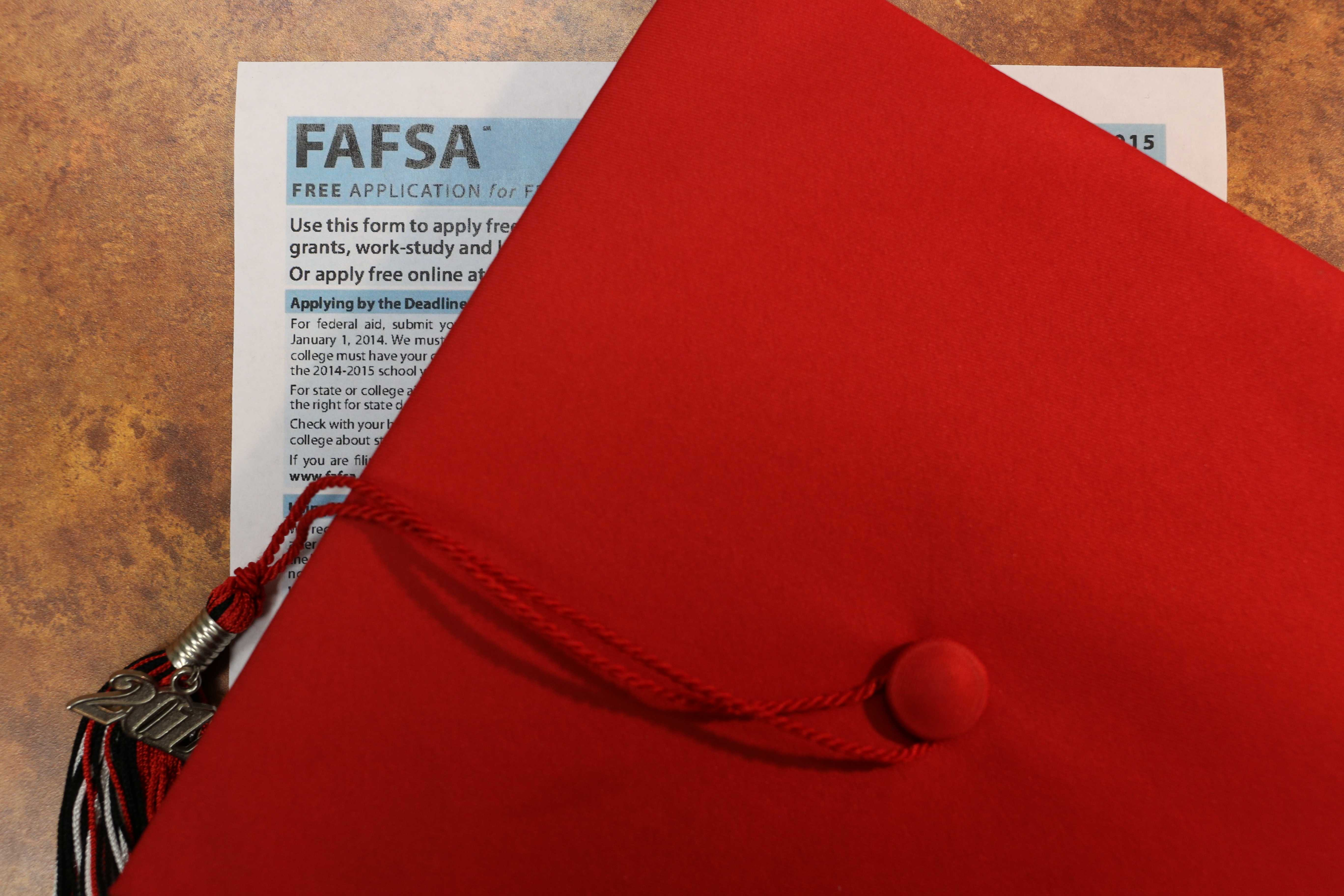 Photo illustration by Jacob Vaughn |  Starting in the 2020-2021 school year, all graduating high school seniors will be required to complete the FAFSA.