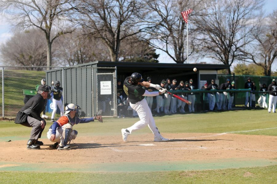 %3Cstrong%3EPhotos+by+Brandon+Donner%3C%2Fstrong%3E+Bears+first+baseman+Grimsley+Kyler+%28%2336%29+connects+with+the+ball+to+move+the+runners+against+Eastfield+College+Feb.+26.
