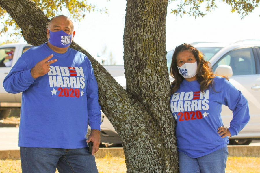 Bill and Annette Garcia pose during during Democratic vice presidential nominee Kamala Harris, campaign stop Oct. 30 in Fort Worth.